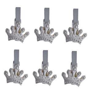 Karácsonyi dekor korona 20' csipeszes poly 3,5x3x0,5cm ezüst