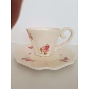 Kerámia teáscsésze Violin rózsás, kézzel festett