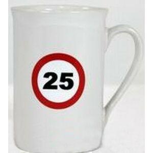 Porcelán bögre 25-ös Sebességkorlátozó Szülinapi